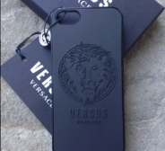 UUS! Võrratu VERSACE must telefoni korpus/case iPhone 5/5s